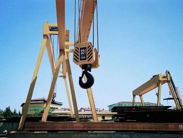outdoor A-frame gantry cranes with 32 tonne hook
